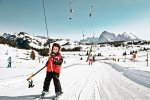 wyciąg narciarski na stoku